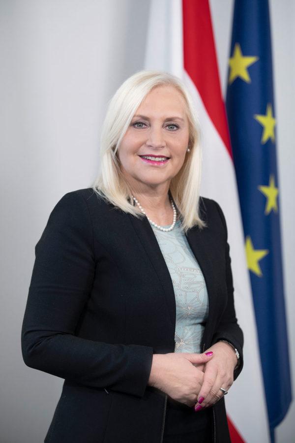 Dr. Angelika Winzig - Foto: Jakob Glaser
